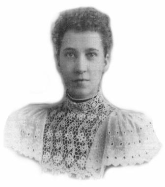 Lady with lace collar
