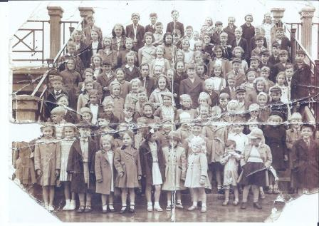 Aycliffe children on day trip about 1951-1952