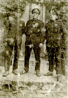 3 soldiers WW1, friends of Thomas Lowery