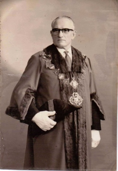 Albert Smith, Mayor of Finsbury, 1958/59