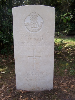 Edward Henry Pratt Commonwealth War Graves Commission headstone